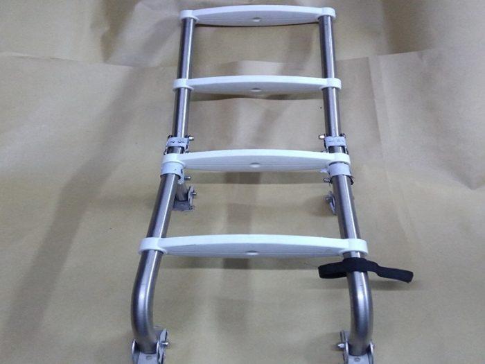 Escalera rebatible inox 4 escalones blancos