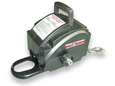 Malacate eléctrico portatil 900Kg/200Lbs Bull Winch